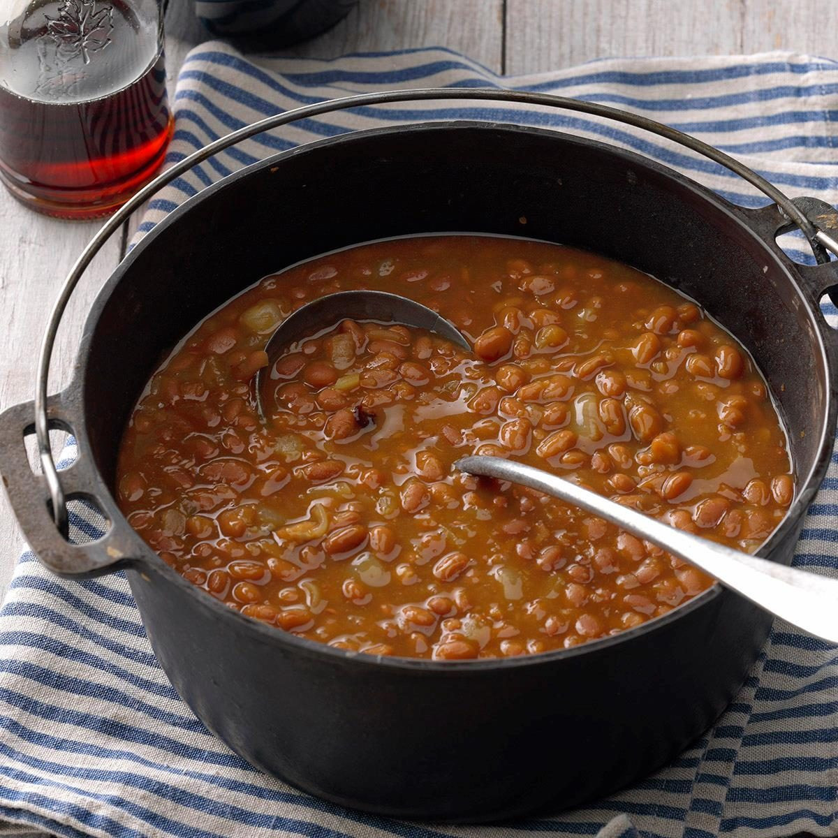 Easy Baked Beans Recipes: Simple Maple Baked Beans Recipe