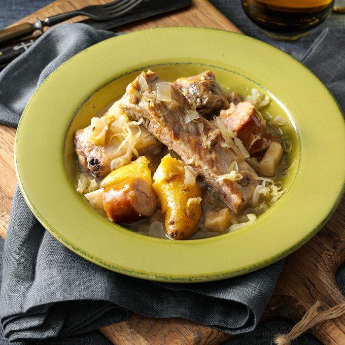 Simple Sparerib Sauerkraut Supper Exps113809 Th2379801a07 13 6bc Rms 6