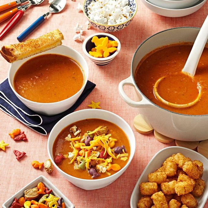 Simple Tomato Soup Exps121494 Th2379807a10 30 5b Rms 2