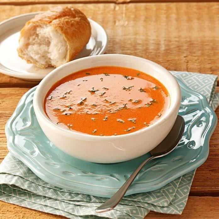 Simply Elegant Tomato Soup