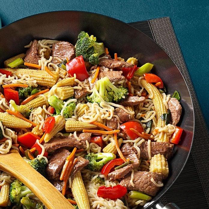 Sirloin Stir Fry With Ramen Noodles Exps139592 Sd2232457b08 25 1bc Rms 2