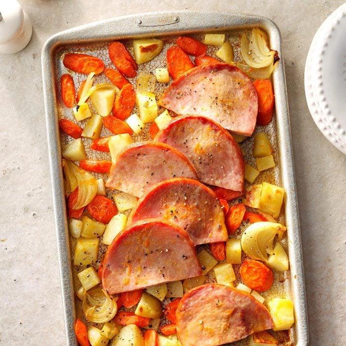 Sliced Ham with Roasted Vegetables