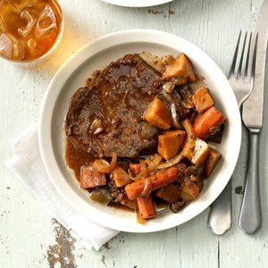 Slow-Cooked Beef 'n' Veggies