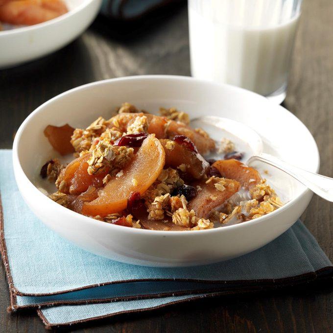Slow-Cooked Breakfast Apple Cobbler