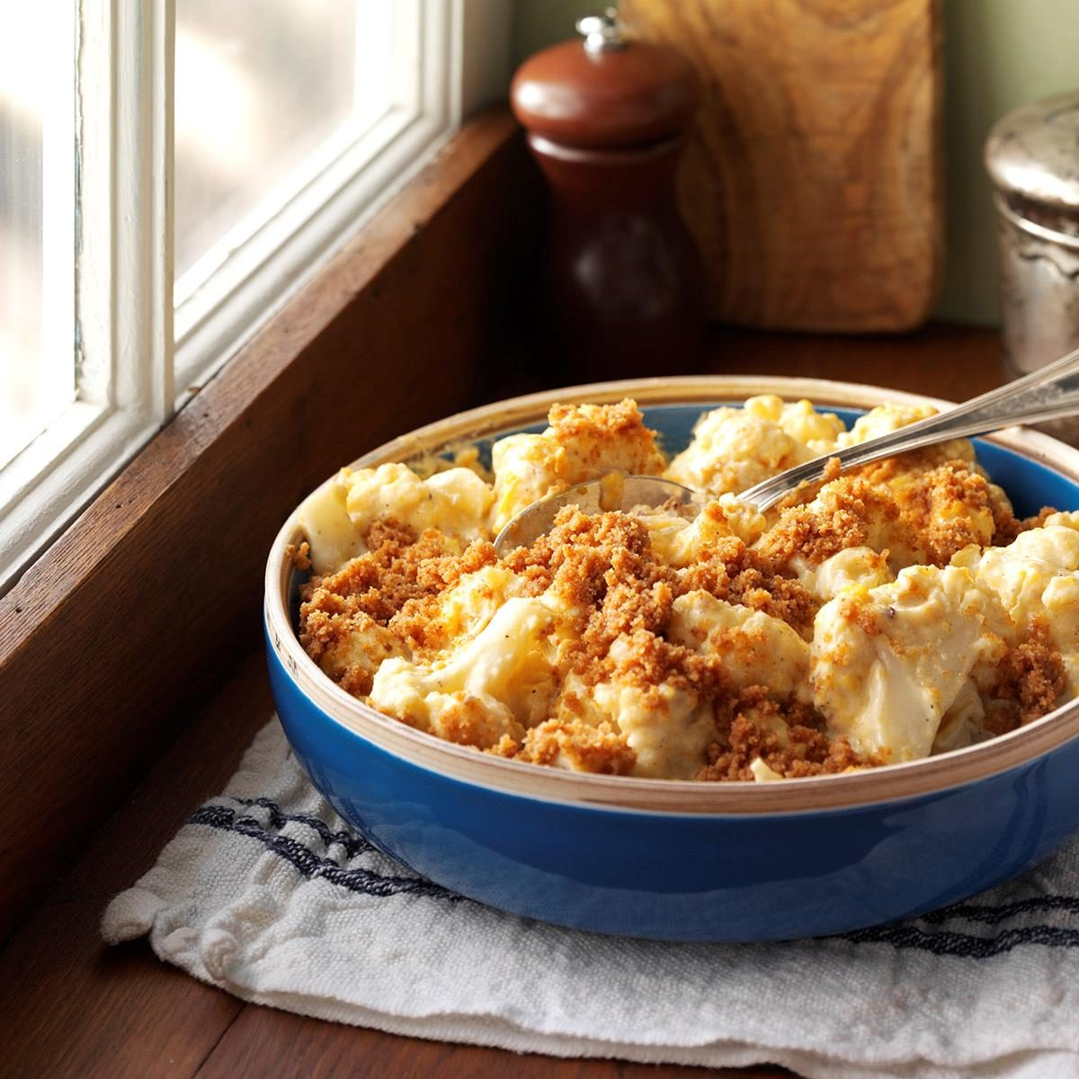 Slow-Cooked Cheesy Cauliflower