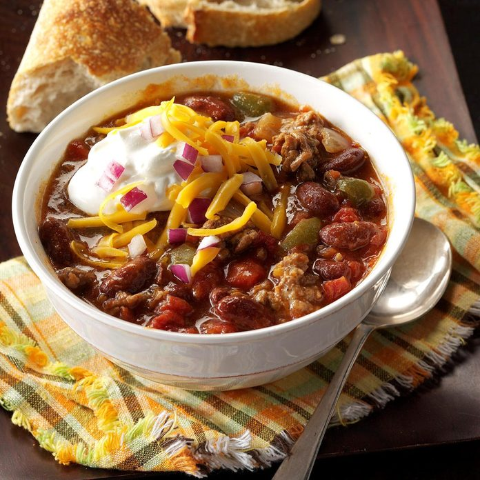 Arkansas: Slow-Cooked Chunky Chili