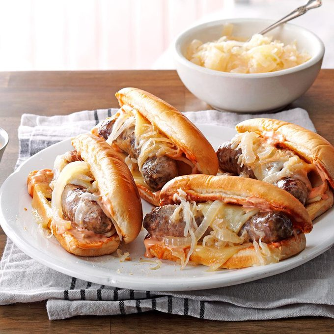 Slow Cooked Reuben Brats Exps90708 Th132767b04 24 1bc Rms 2