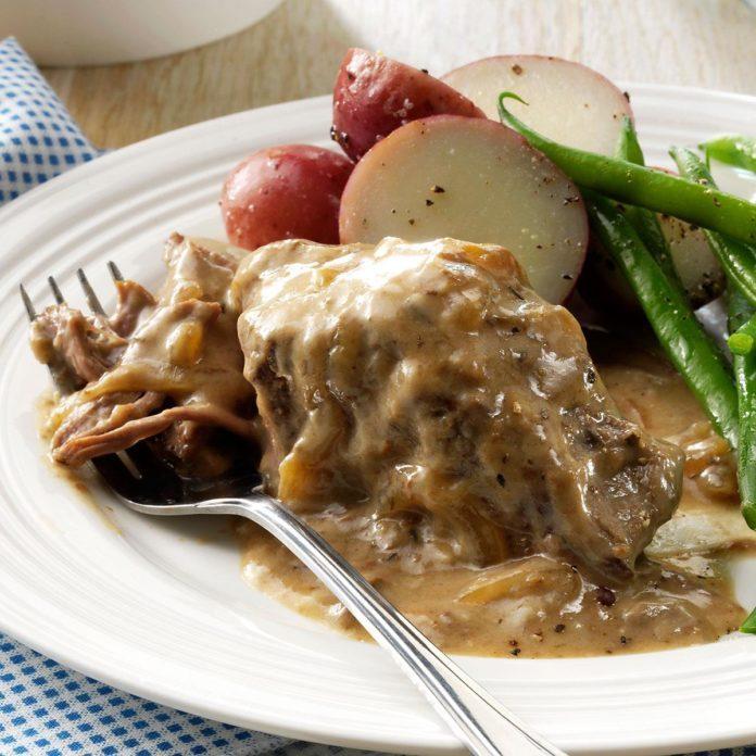 Slow-Cooked Round Steak
