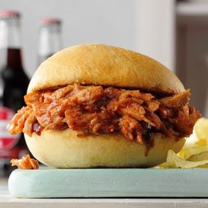 Slow-Cooker Barbecue Pulled Pork Sandwiches