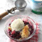 Slow-Cooker Berry Cobbler