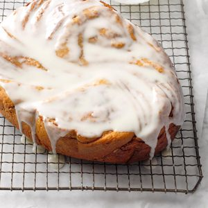 Slow-Cooker Cinnamon Roll