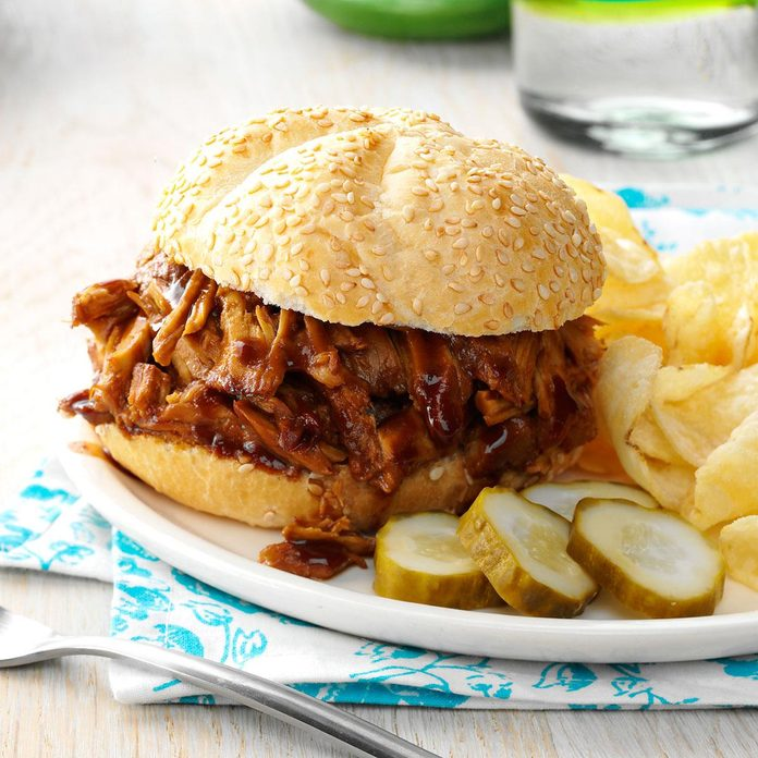Day 13: Slow Cooker Pulled Pork Sandwiches