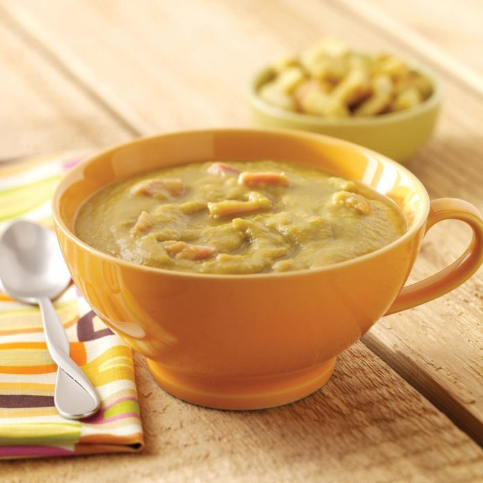 Slow Cooker Split Pea Soup with Carrots and Ham Hocks