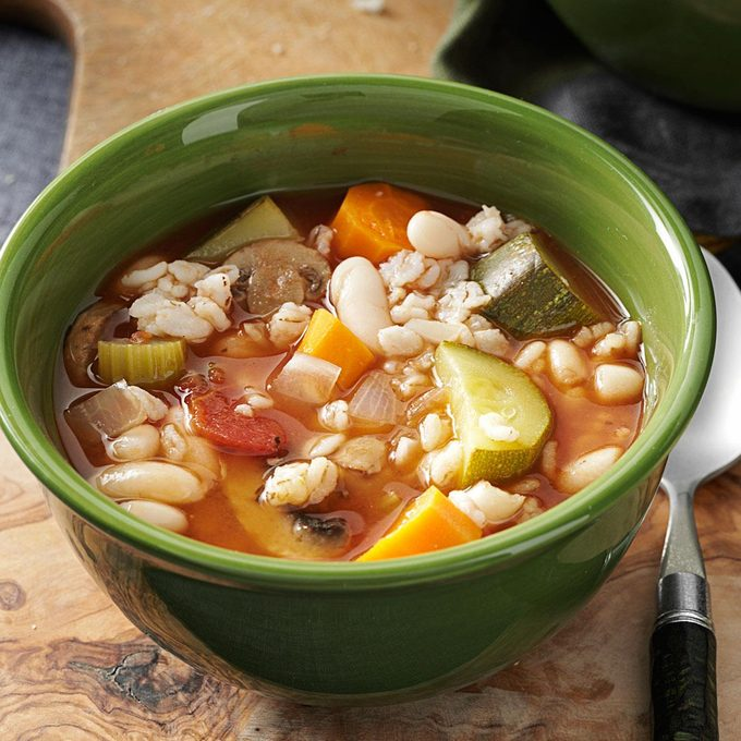 Slow Easy Minestrone Exps133384 Th2379801a07 13 3bc Rms 5