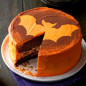 So-Easy-It's-Spooky Bat Cake