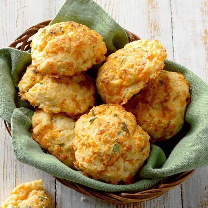Goes with Onion Soup: Sour Cream & Cheddar Biscuits