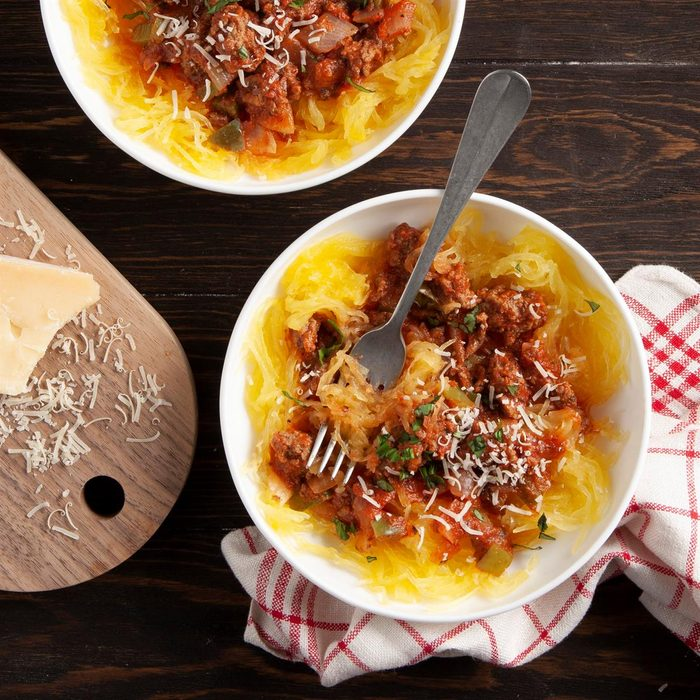 Spaghetti Squash With Meat Sauce Exps Ft21 6032 F 0126 1