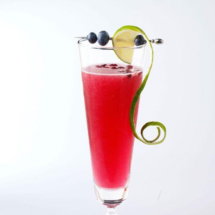 Sparkling Pom-Berry Splash