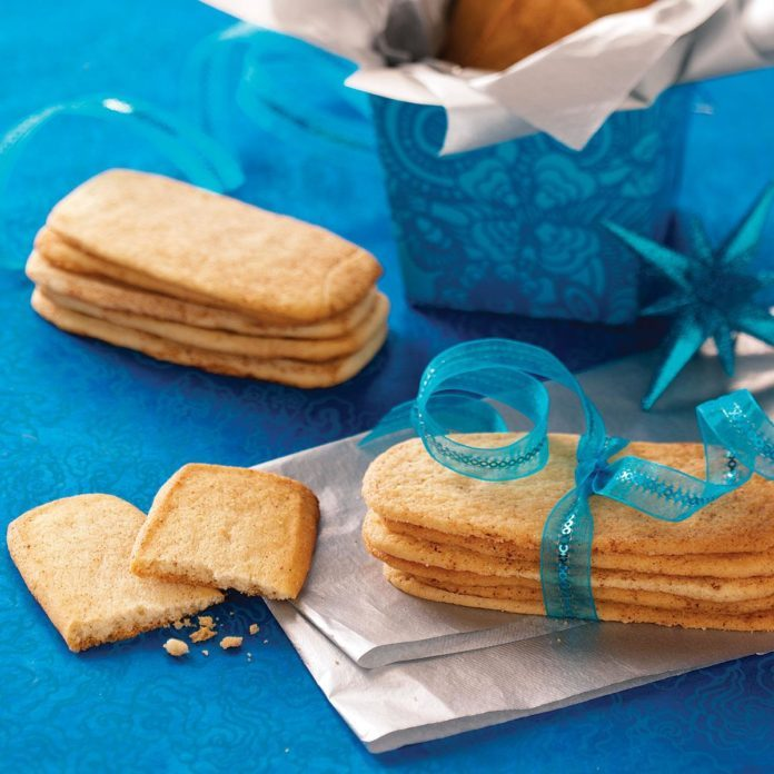 Spiced Cookie Strips