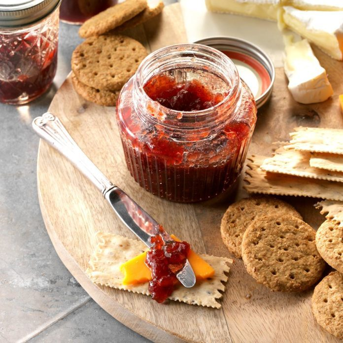 Spiced Cran Apple And Grape Conserve Exps Thso17 201349 D04 19 3b 2
