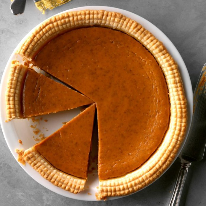 Spiced Eggnog Pumpkin Pie