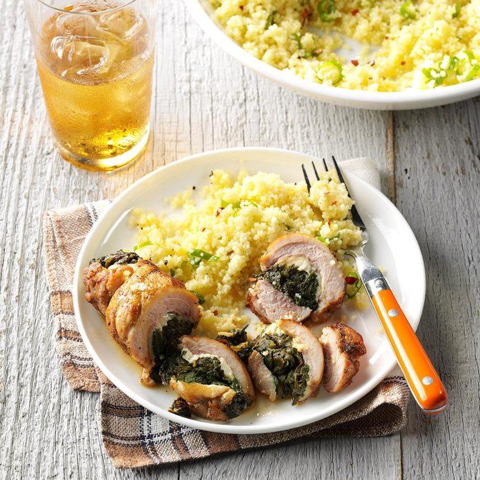Spinach Feta Stuffed Chicken  Exps Sdon16 176968 A06 02 9b 4
