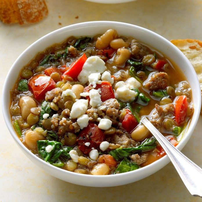 Spinach And Sausage Lentil Soup Exps Sdas17 202701 B04 11 8b 2