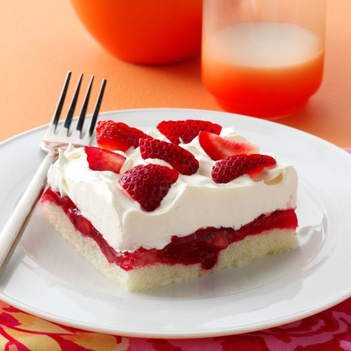 Strawberry Ladyfinger Dessert