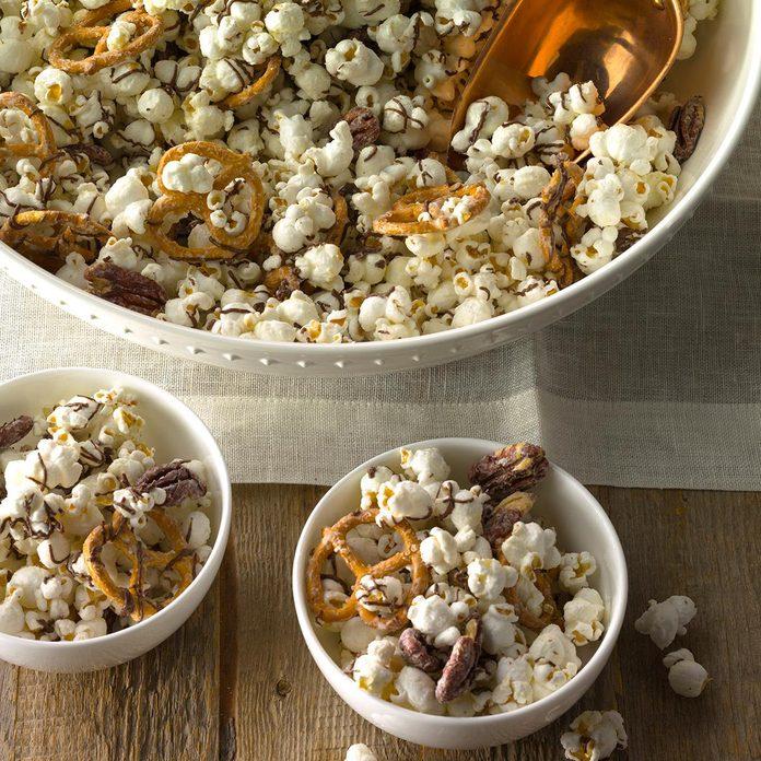 Striped Chocolate Popcorn Exps Cmz18 26151 C10 27 3b 3
