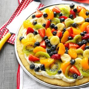 Summer Dessert Pizza