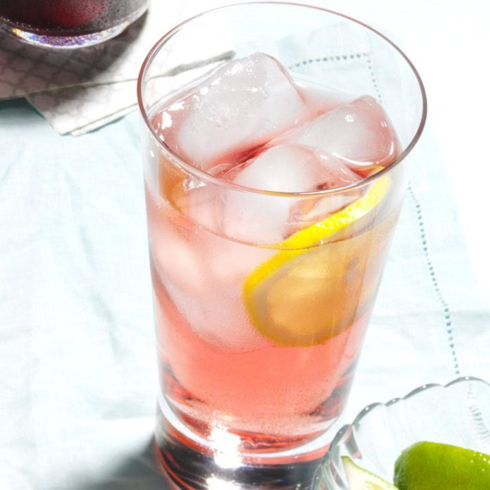 Swedish Rose Spritz Cocktails