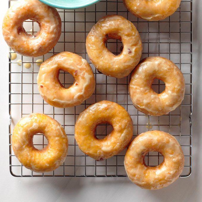 Sweet Potato Cranberry Doughnuts Exps Tcbbz18 135223 B05 04 1b 3
