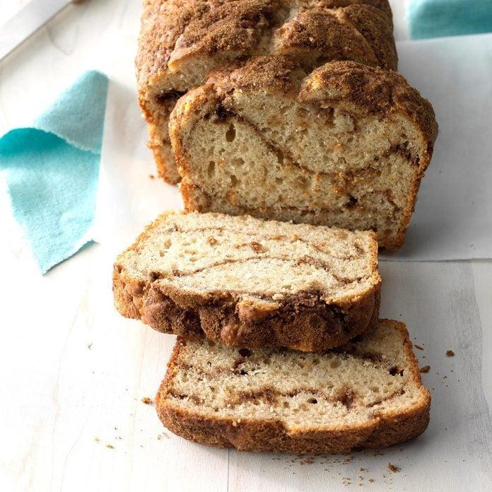 Swirl Cinnamon Bread Exps Hbmz18 135154 C07 12 3b 5