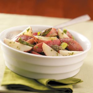 Tangy Asparagus Potato Salad