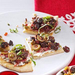 Tapenade-Prosciutto Flatbread Pizza Bites