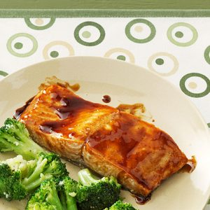 Tasty Maple Glazed Salmon