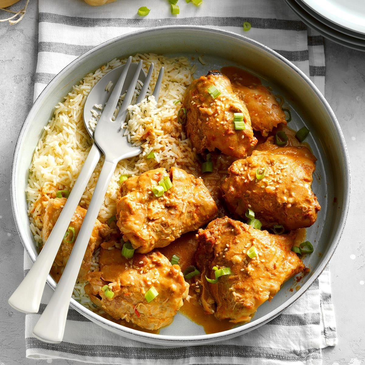 100 Slow Cooker Chicken Recipes to Make for Dinner Tonight