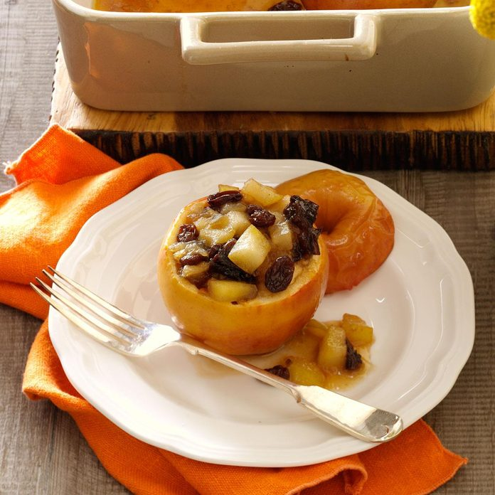 Thanksgiving Baked Apples Exps76179 Hc2847498b11 26 8b Rms 1