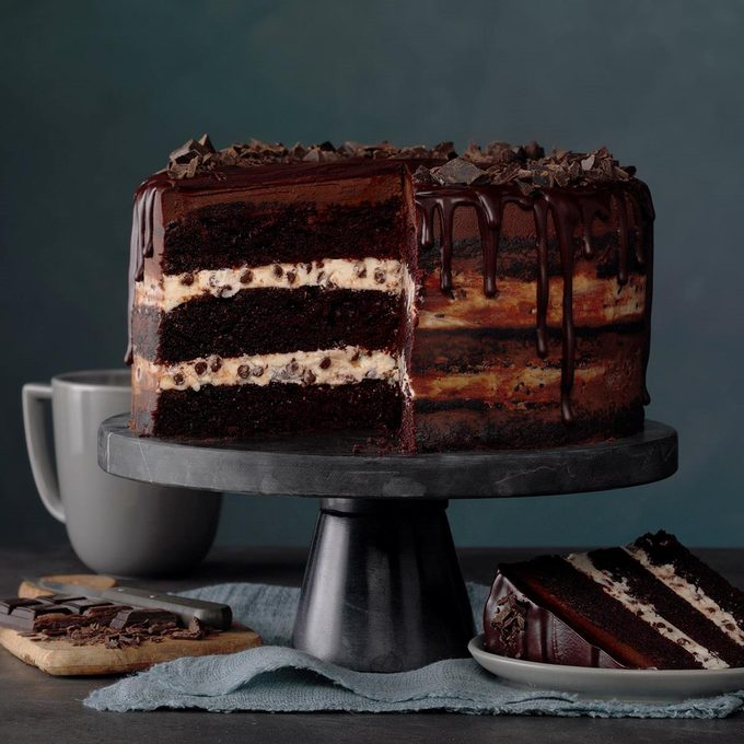 Three Layer Chocolate Ganache Cake Exps Mrra20 60144 B01 15 1b 3