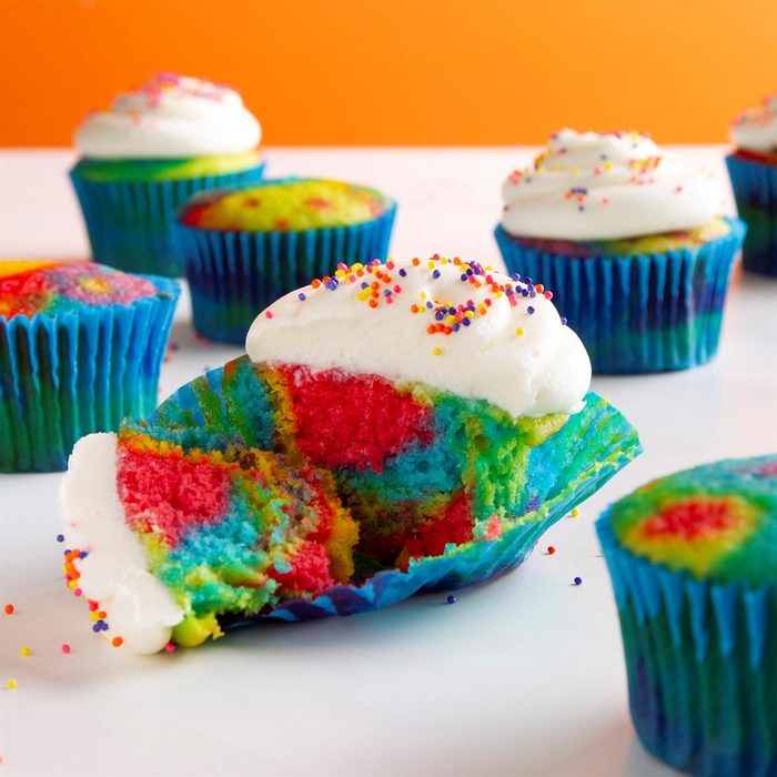 Tie Dyed Cupcakes Exps Ft21 114059 F 1005 1