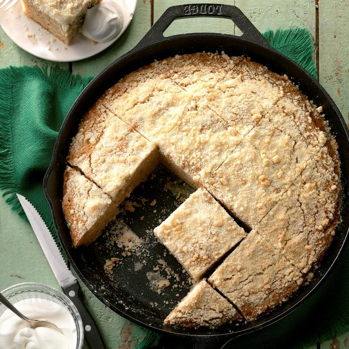 Tillie S Ginger Crumb Cake Exps Ugfbmz17 6263 B04 04 1b 4