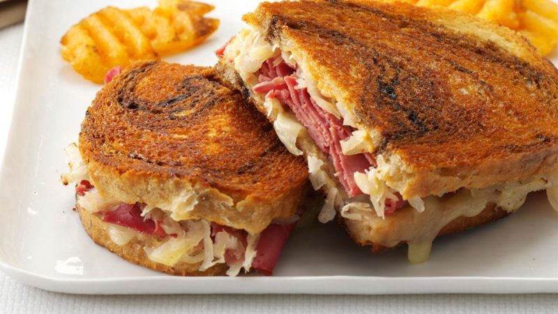 Toasted reuben