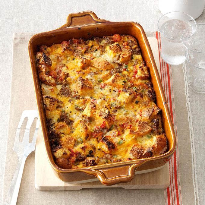 Tomato Sausage Cheddar Bread Pudding Exps156191 Th2379801c07 05 6bc Rms 2