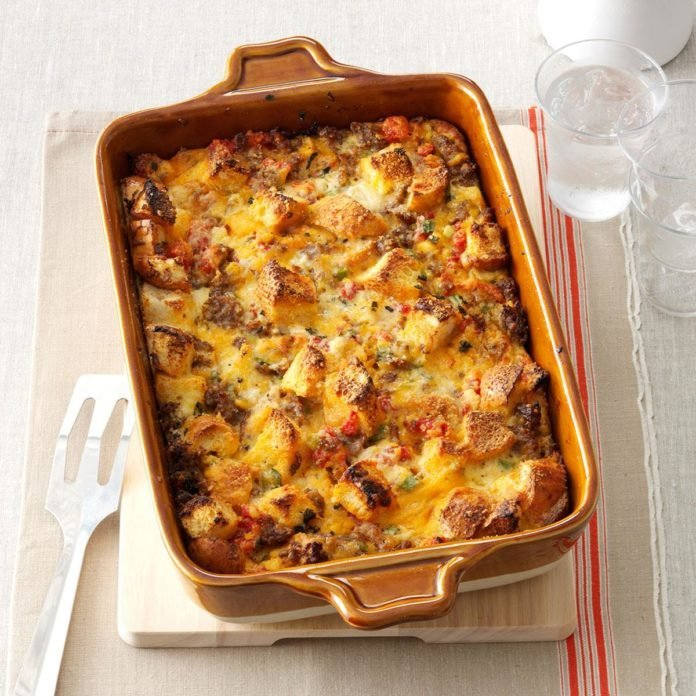 Day 20: Tomato, Sausage & Cheddar Bread Pudding