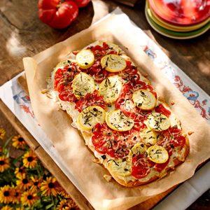 Tomato-Squash Appetizer Pizza