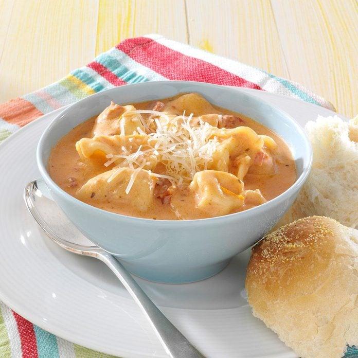Tomato Tortellini Soup Exps47388 Hs2776880a05 30 5b Rms 2