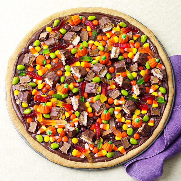 Trick Or Treat Pizza Exps93497 Th2379801b06 25 7bc Rms 3