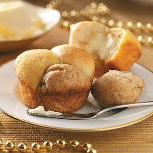 Triple-Tasty Cloverleaf Rolls