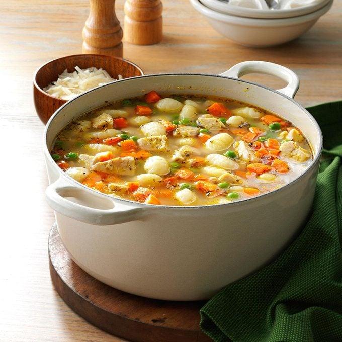 Turkey Gnocchi Soup Exps54304 Sd142780d08 20 2bc Rms 2