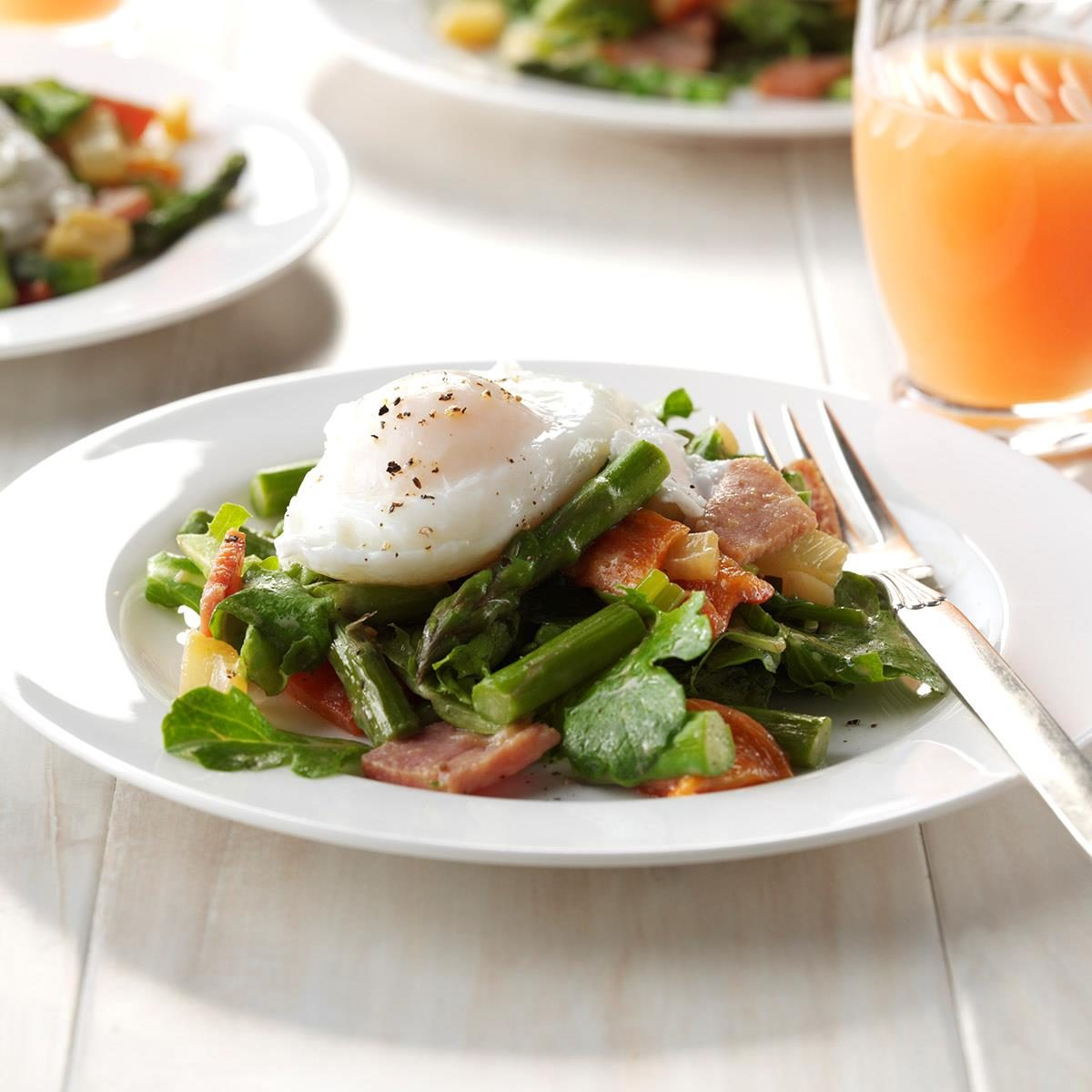 Day 18: Twisted Eggs Benedict Salad